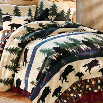 Wolf Den Fleece Bedding