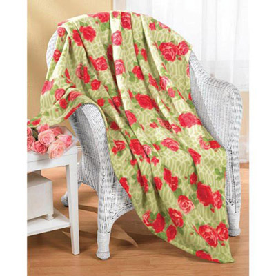 Joyful Rose Lattice Throw