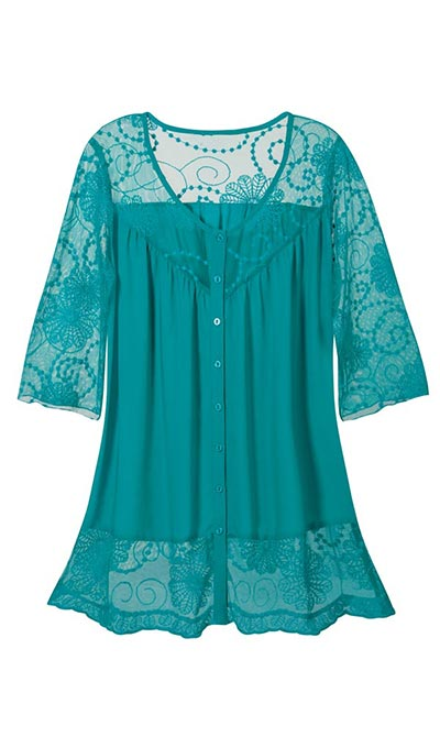 Full & Flowy Lace Top